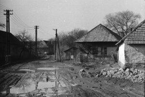 V roku 1982, kedy už bola väčšina domov prázdna, sa začal záchranný výskum a zber predmetov, ktoré zostali v opustených domoch.