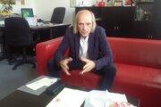 Pavol Tomašovič v súčasnosti pôsobí vo funkcii riaditeľa knižnice.