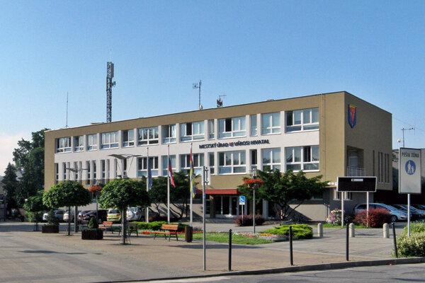 Mestský úrad Štúrovo.