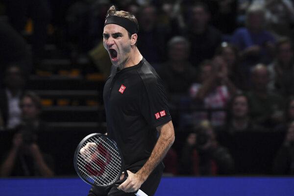 Roger Federer po výhre nad Novakom Djokovičom na ATP Finals 2019.