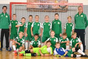 Po mladších žiakoch sa na záverečný turnaj O pohár predsedu ZsFZ kvalifikoval aj výber priípraviek ObFZ Levice.