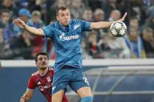 Arťom Dzjuba strelil prvý gól Zenitu v zápase proti Lyonu.