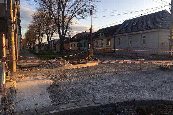 Kukučínová ulica v procese rekonštrukcie.
