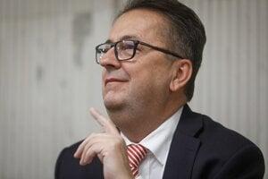 Poslanec NR SR za stranu SMER-SD Martin Glváč.