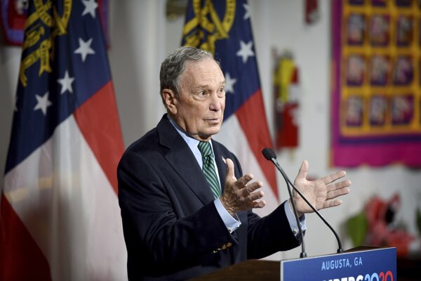 Uchádzač o nomináciu Demokratickej strany pred americkými prezidentskými voľbami v roku 2020 a jeden z najbohatších ľudí na svete Michael Bloomberg.