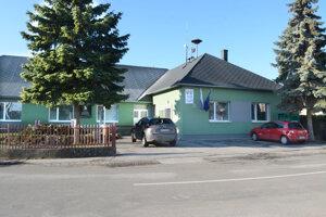 Obecný úrad Komárovce.