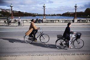 Aby Kodaň splnila svoje ciele do roku 2025, kodanskí úradníci odhadujú, že 75 percent všetkých ciest musia ľudia podniknúť na bicykli, peši alebo vo verejnej doprave.
