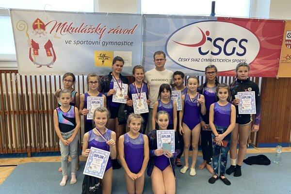 Členovia klubu Gymnastika Kelčov.
