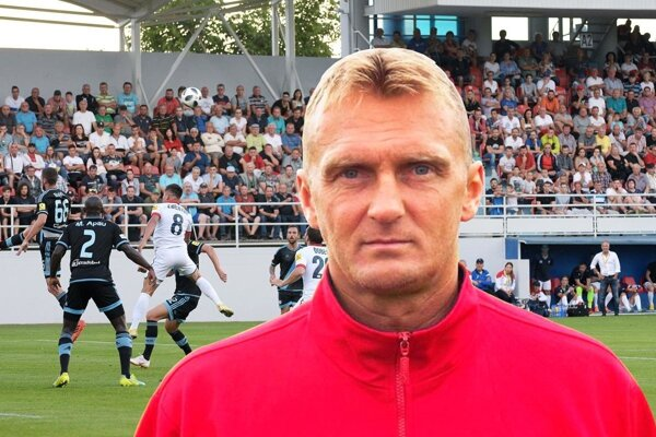 Tréner ViOnu Karol Praženica.