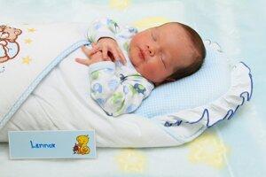 Lennox Lehoczki z Prievidze sa narodil 12.12. v Bojniciach