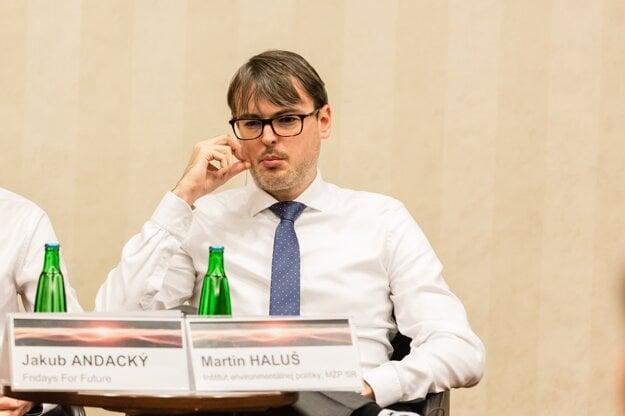 Martin Haluš, riaditeľ Inštitútu environmentálnej politiky.