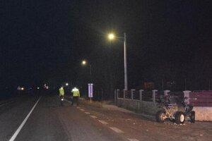 Nehoda štvorkolky v Červenici.