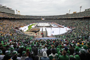 Winter Classic 2020 na štadióne Cotton Bowl medzi Dallas Stars a Nashville Predators.