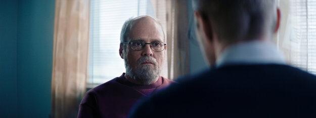 David Dencik ako Sture Bergwall vo filme Dokonalý pacient
