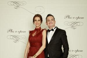 Daniel Dangl, herec, režisér a scenárista s manželkou Beátou