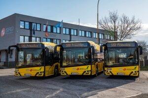 Nové autobusy v MHD.