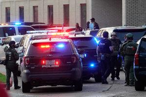 Policajný zásah v Bellaire.