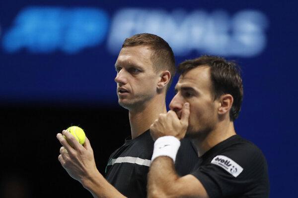 Filip Polášek so svojím deblovým partnerom Chorvátom Ivanom Dodigom.