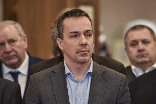 Erik Tomáš vyhlásil, že s ĽSNS nepôjde do koalície nikto.
