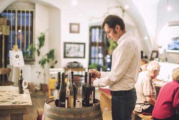 Vínne festivaly organizujú každý rok.