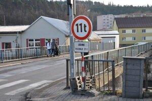 Most v Kežmarku, ktorý čaká oprava.
