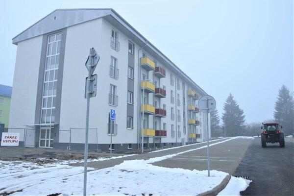 Nová nájomná bytovka v sučianskej časti Hradiská.