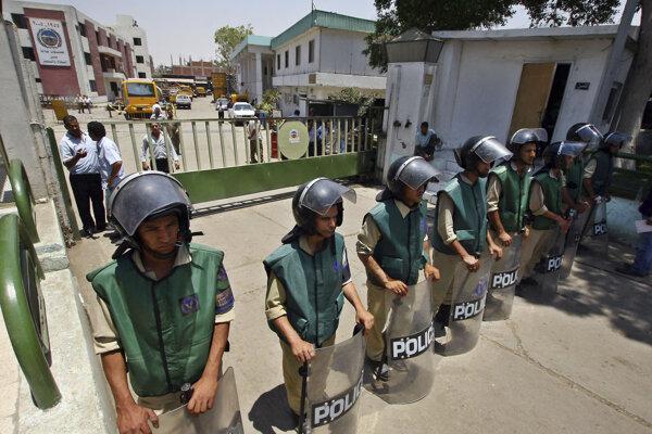 Príslušníci egyptskej polície