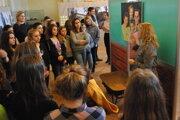Výstava Boli iní? v Ponitrianskom múzeu približuje život Židov v meste počas vojny.