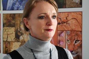 Riaditeľka školy A. Mižigárová. Na podmienky v kontajnerovej škole si podľa nej školáci už zvykli.