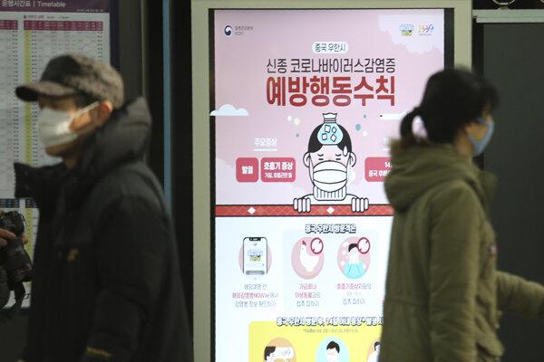V Číne zaviedli opatrenia proti šíreniu vírusu.
