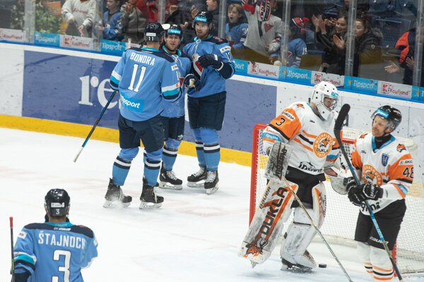 Momentka zo zápasu Slovan - Michalovce.