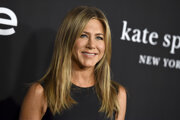 O Jennifer Anistonovej médiá pravidelne špekulujú, že je tehotná. Sama o sebe hovorí, že nepatrí medzi ženy, ktoré boli stvorené pre materstvo.