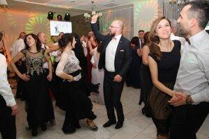 Zábava bola na plese v Turčianskych Tepliciach viac ako výborná.