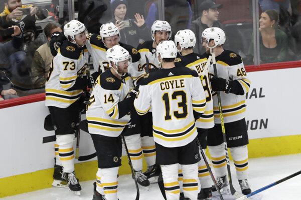 Radosť hráčov Bostonu.