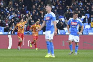 Hráči SSC Neapol a Lecce.