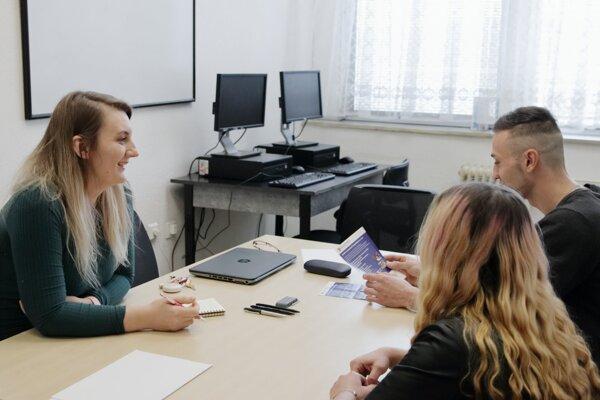 Krajská Agentúra práce začala pracovať v Lučenci.
