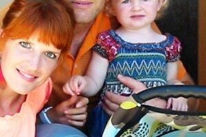 Ivan s manželkou a dcérkami.