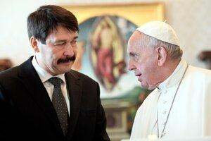 Pápež František prijal vo Vatikáne maďarského prezidenta Jánosa Ádera.