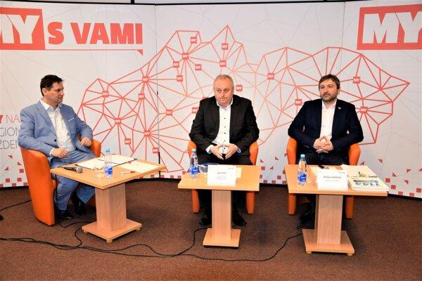 Politická diskusia v Turčianskej knižnici Martin.