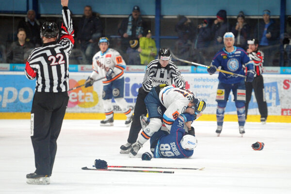 Momentka zo zápasu Nitra - Košice.