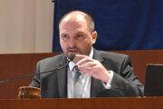 Primátor Jaroslav Polaček chcel, aby komisia pracovala ďalej. Nepochodil.