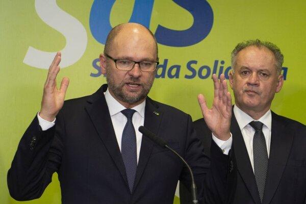 Predseda strany SaS Richard Sulík a predseda strany Za ľudí Andrej Kiska.