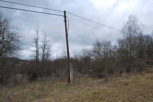 Bez internetu a telefónu zostalo niekoľko desiatok obyvateľov obce Zbojné.