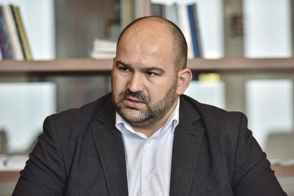 Peter Pčolinský.