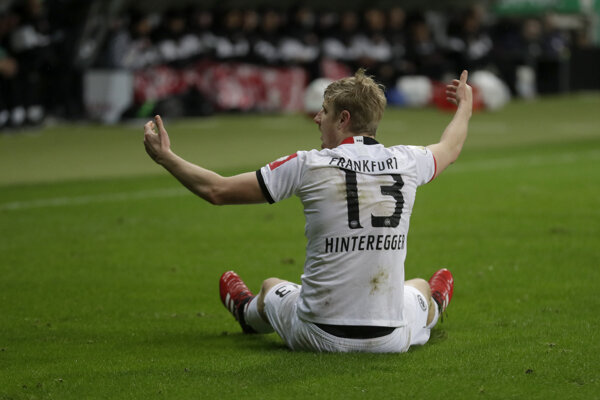 Futbalista Eintrachtu Frankfurt Martin Hinteregger.
