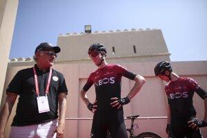 Cyklisti z tímu Ineos. (Ilustračná snímka)