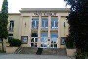 Budova Divadla B. S. Timravy v Lučenci je v zlom stave.