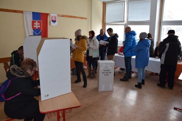 Voľby na liptovksomikulášskom sídlisku Podbreziny.