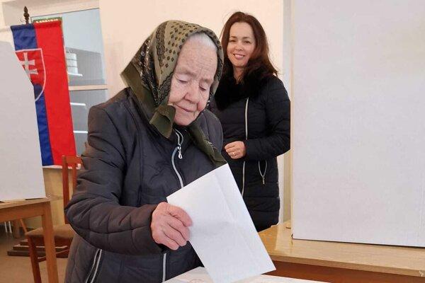 Pani Helena Saxová si opäť odvolila vo svojich 93 rokoch.