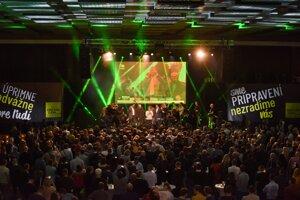 Voľby 2020: Atmosféra vo volebnej centrále strany Oľano.